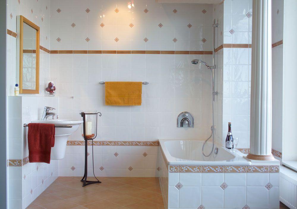 Badezimmer Landhaus Ihr Fliesenleger Aus Geesthacht Fliesen Sass Gmbh Co Kg